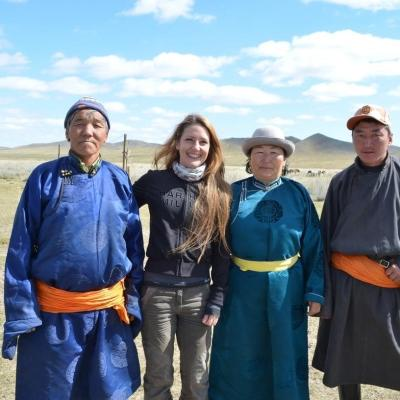 A Projects Abroad volunteer with her host family during her Nomad Project in Mongolia.